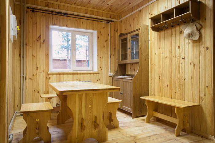 Обустройство комнаты отдыха в деревянной бане