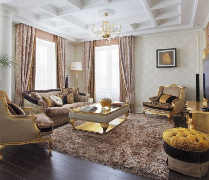 Сочетание штор и ковра в интерьере гостиной