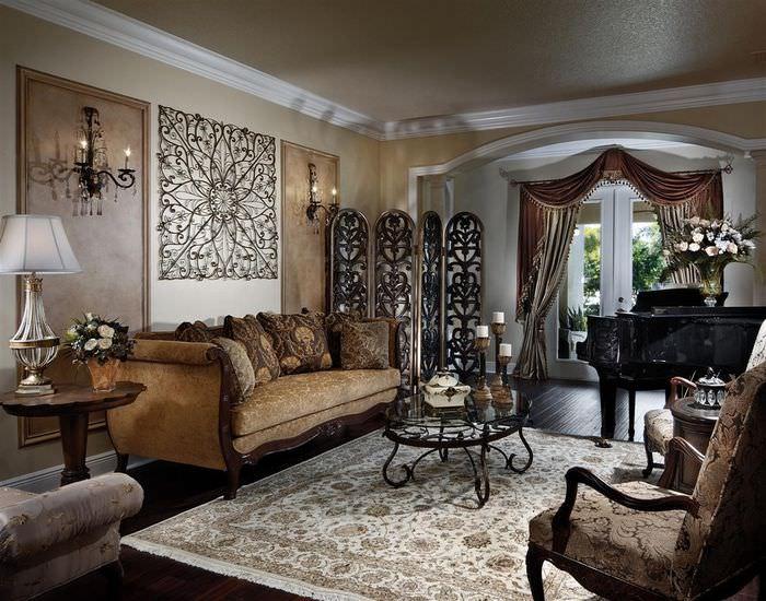 Светлый ковер в гостиной готического стиля