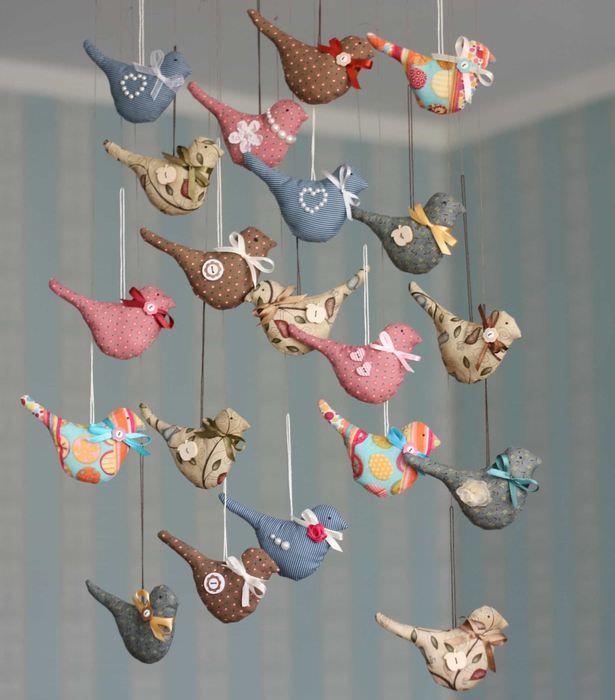 Текстильные птички из разноцветных лоскутков своими руками