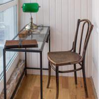 Ретро-стульчик из натурального дерева