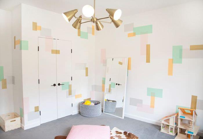 Украшение стены в детской комнате своими руками