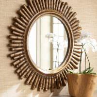Зеркало в оправе из латунных трубок