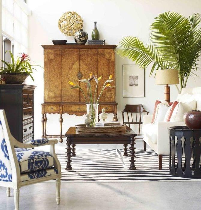 Пальма в интерьере кухни-гостиной