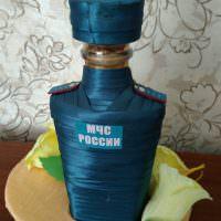 Декор бутылки в форме МЧС России