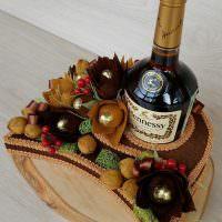 Бутылка с конфетами в подарок