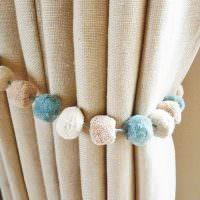 Подвязка для шторы из мягких шариков