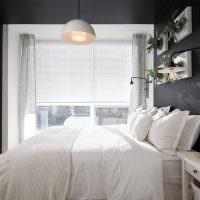 Уютная спальня с живыми растениями