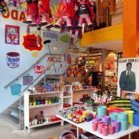 Декор интерьера в стиле китч с помощью мягких игрушек