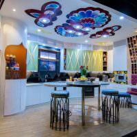 Роспись потолка кухни-гостиной акриловыми красками