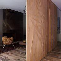 Деревянные панели раздвижной перегородки