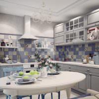 Сиреневая плитка на кухонном фартуке