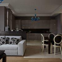 Дизайн гостиной с коричневыми стенами