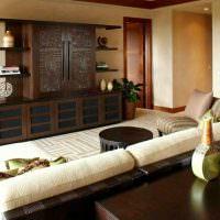 Деревянный комод в восточном стиле