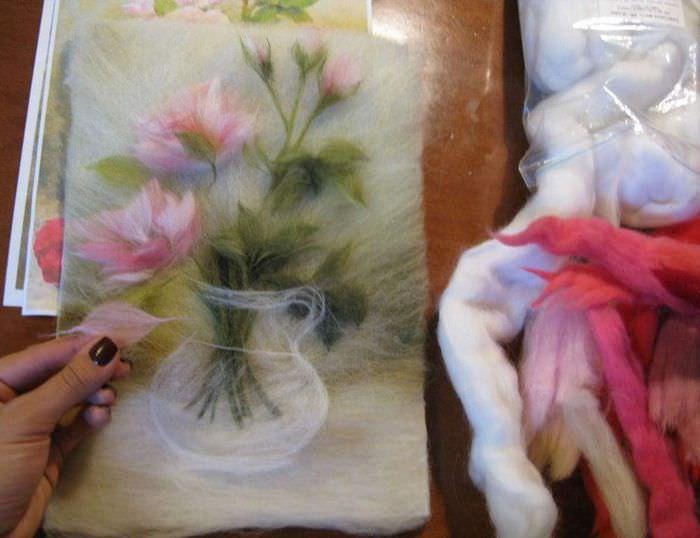 Процесс создания картины из натуральной шерсти