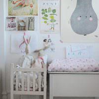 Детские рисунки над кроваткой для малыша