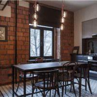 Стена из керамических блоков в интерьере кухни