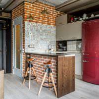 Кирпичная кладка в квартире-студии стиля лофт