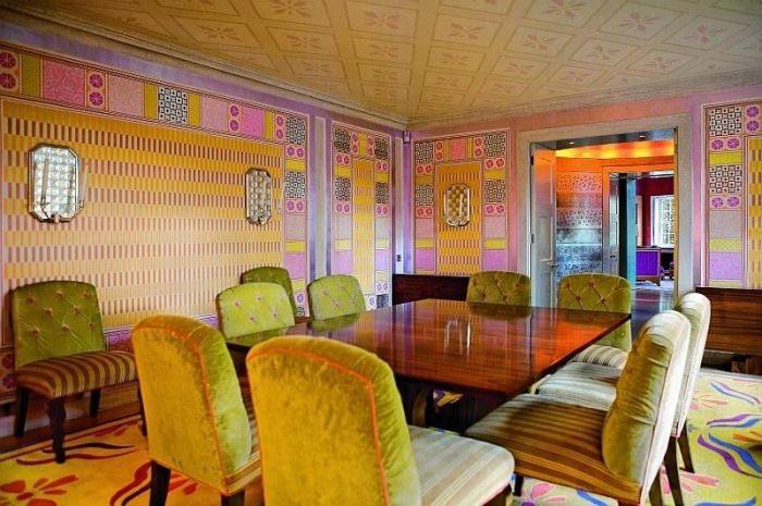 Цветовое оформление комнаты в стиле китч