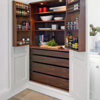 Удобные ящики для хранения продуктов в кладовке