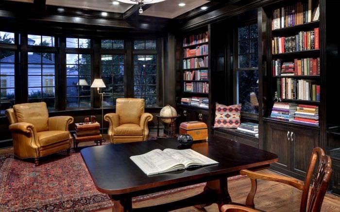 Темно-коричневые шкафы для книг