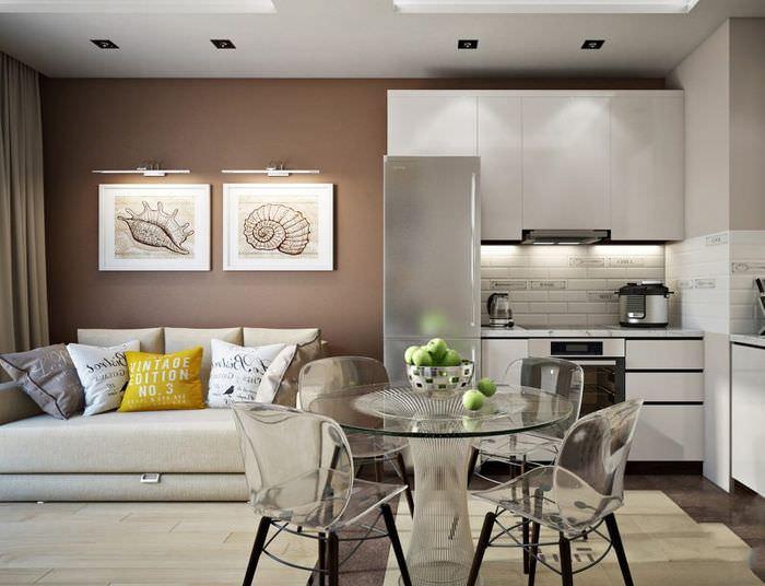 Прозрачная мебель в интерьере кухни-гостиной площадью в 18 кв м