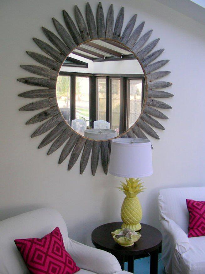 Деревянная рамка для настенного зеркала своими руками