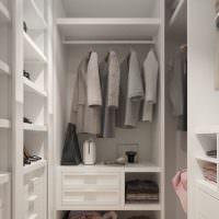 Обустройство гардеробной в двухкомнатной квартире