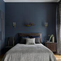 Дизайн спальной комнаты в серо-синих тонах