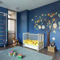 Декорирование стены детской комнаты аппликацией