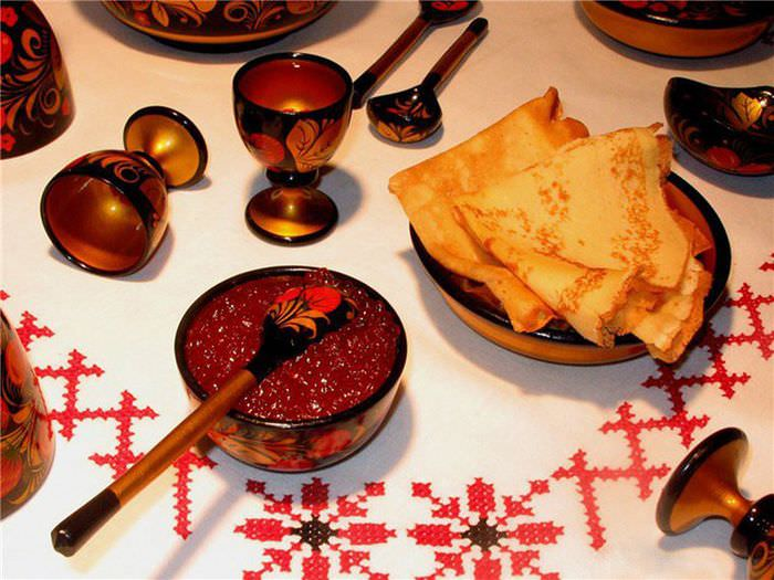 Украшение обеденного стола в русском эко стиле