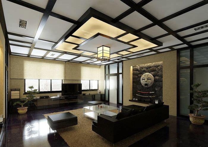 Деревянные балки на потолке гостиной