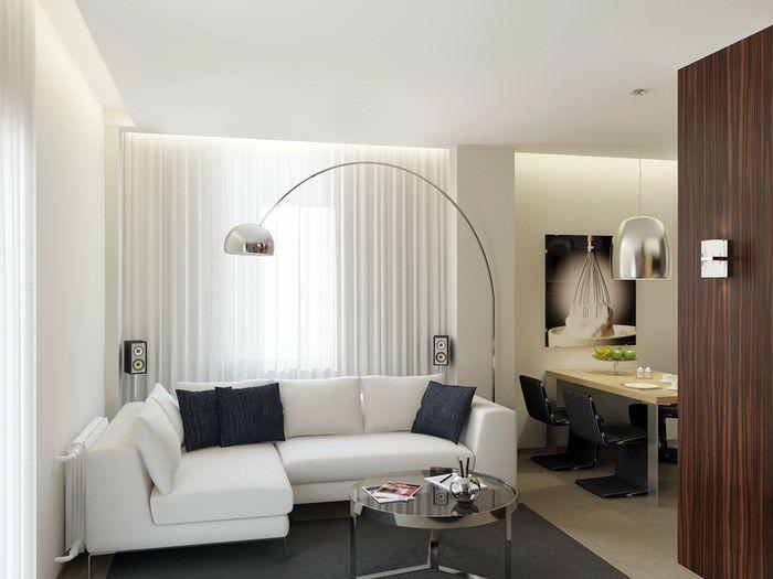 Белый диван угловой конфигурации