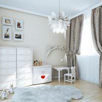 Детская комната с серыми шторами в горошек