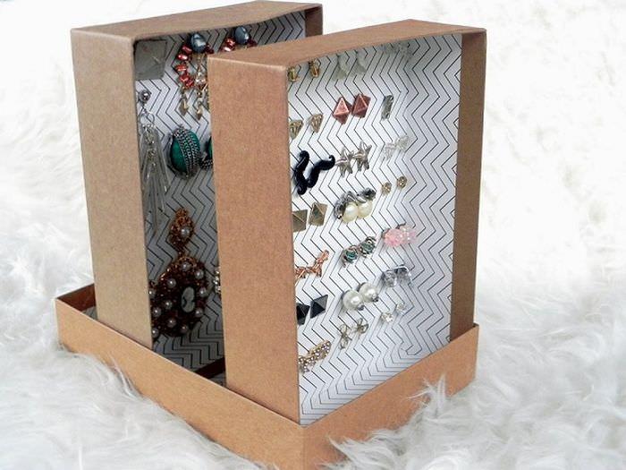 Хранение украшений в картонных коробках