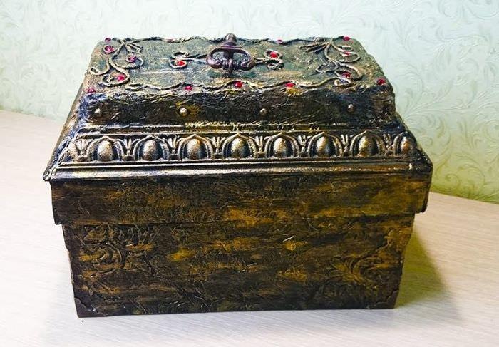 Старинная шкатулка из обувной коробки своими руками