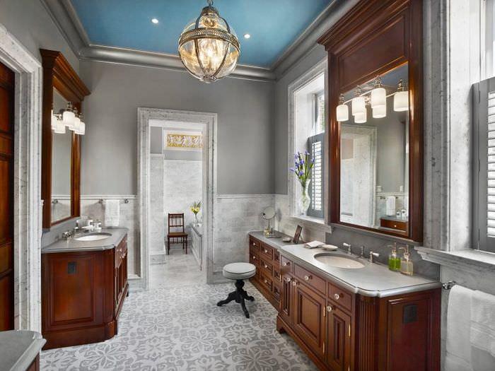 Интерьер ванной комнаты в английском стиле