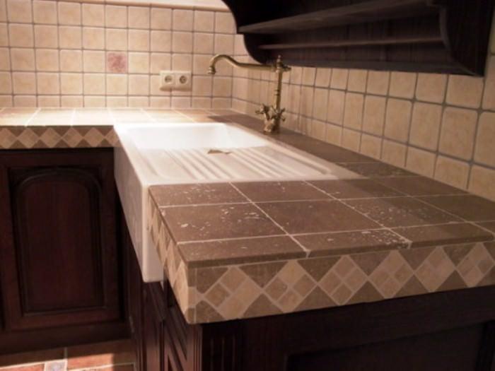 Особенности кухонной столешницы из камня.