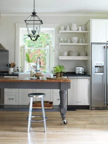 Барная люстра в интереьере кухни