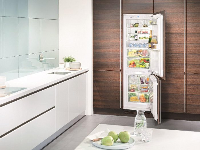 Фрост Фрее холодильник.