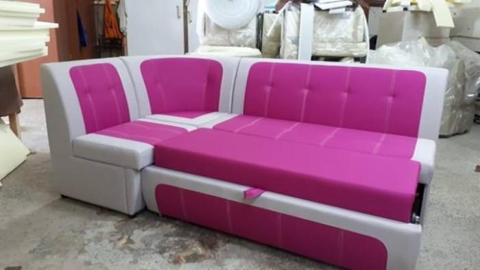 Есть 4 вида угловых диванов.
