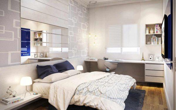 Рабочее место часто располагается именно в спальной комнате. Для этого идеально подойдут небольшой стол, которому можно добавить уюта, расставив фотографии, свечи и другие элементы декора, а также кресло и рабочий стул.