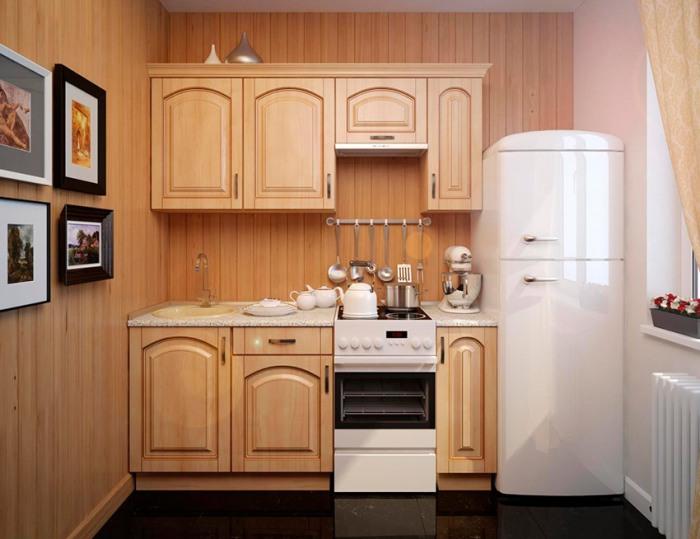 кухонный гарнитур с холодильником.