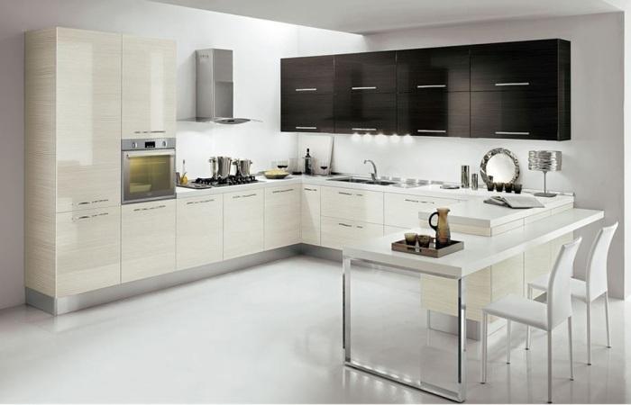 Черно-белая кухня.