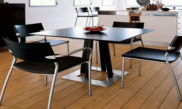 Форма квадрата и прямоугольника является нерушимой классикой, которая вряд ли когда-либо выйдет из кухонной моды.