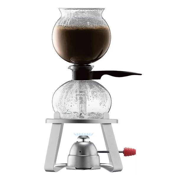 В 1901 году Луиги Беццера запатентовал свое изобретение в виде машины для приготовления эспрессо.