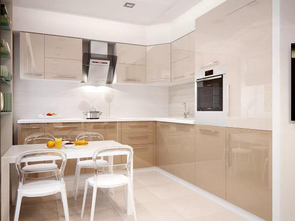Кухня молочного цвета в интерьере – довольно интересное дизайнерское решение, которое позволит зрительно увеличить размеры комнаты и разбавить темный интерьер.