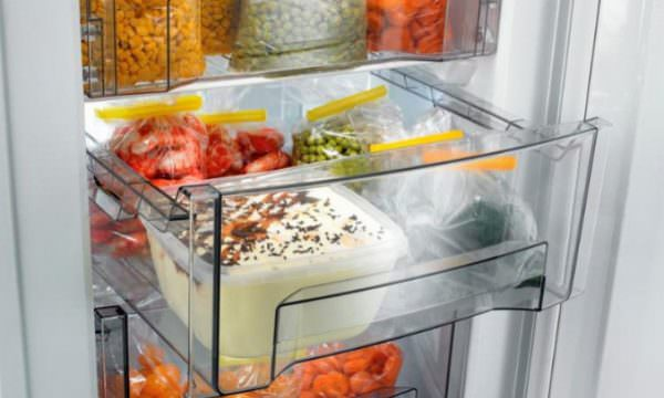 Суперзаморозка – функция предназначена для заморозок большого количества продуктов за короткий отрезок времени.